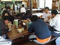 沖縄そばのまち本部町「岸本そば」で昼食