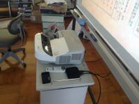 『電子黒板機能付きプロジェクター』 に『AppleTV』、『Toaster PRO』 を接続。